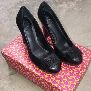 Tory Burch Black Austin Heels
